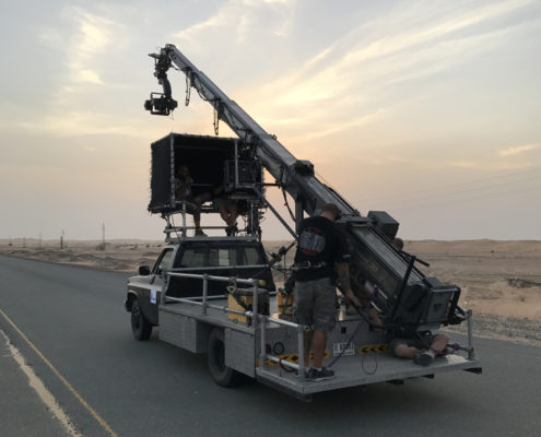 Crane and tracking vehicle hire Dubai UAE